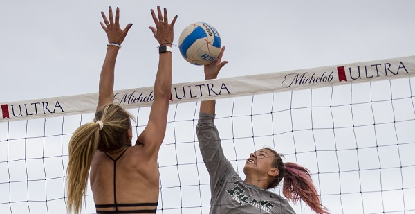 High school, college beach volleyball players go head-to-head in E Invitational