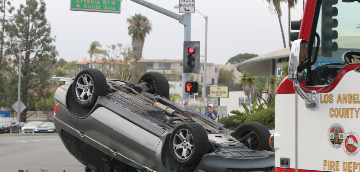 No injuries in Hermosa Beach rush hour accident