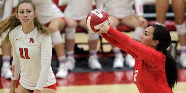 Redondo girls volleyball team impressive in first-round playoff win