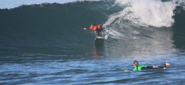 Meza sisters show no fear at SB Boardriders/Dive N' Surf contest in Manhattan Beach