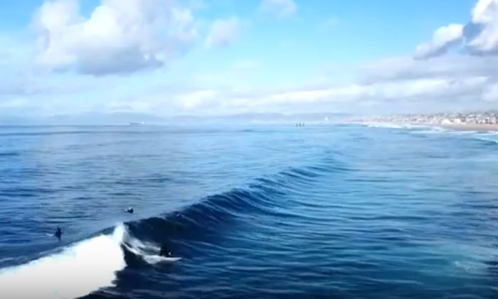 Redondo Beach Breakwall surf: from land and air