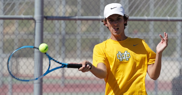 Mira Costa's boys tennis team repeats as Bay League champions