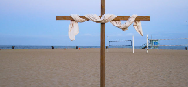 Risen Christ celebrated during Hermosa Beach Easter Sunrise services