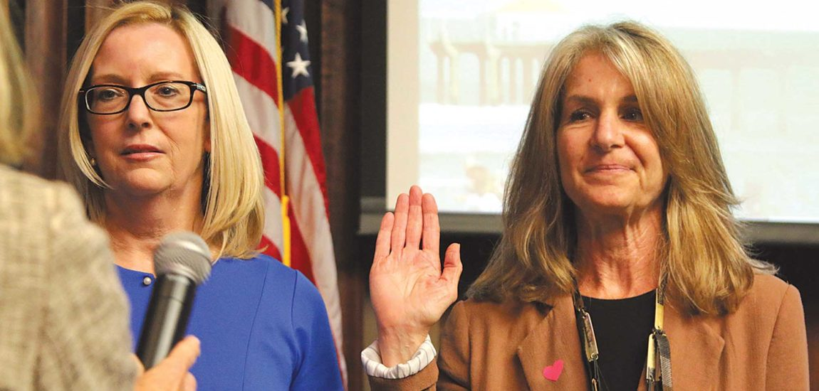 Hadley and Stern sworn in