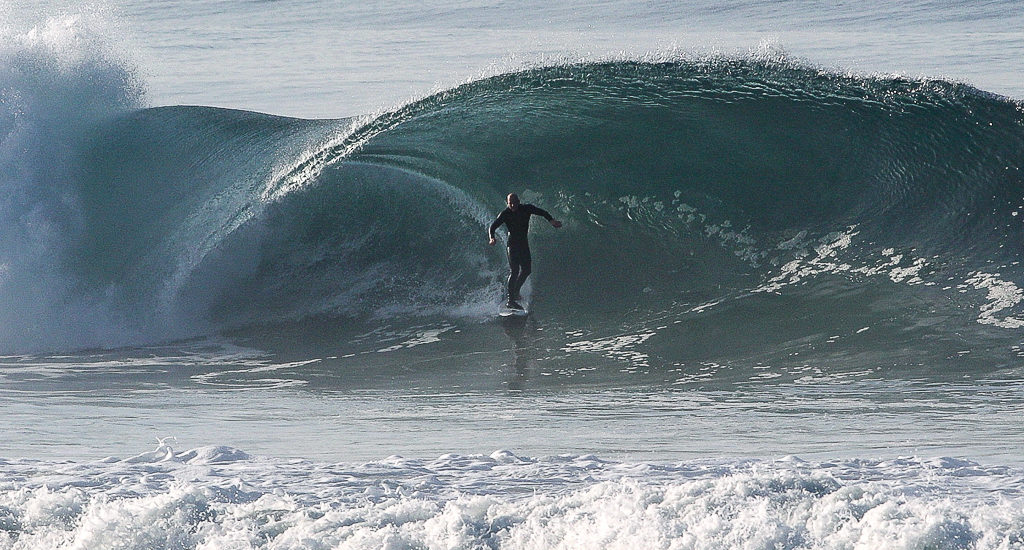 'Chasing Lions' looks back on Redondo, Hermosa, Manhattan winter surf