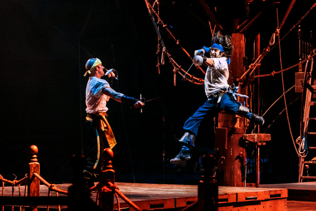 Dinner and a show… with pirates | Easy Reader News