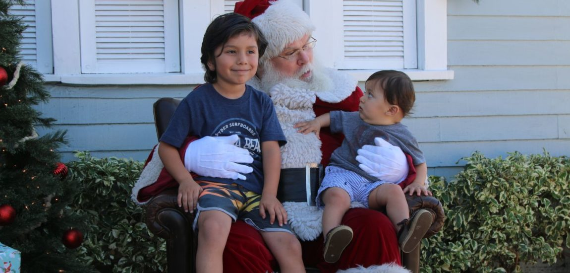 Santa at Gum Tree raises funds for Hermosa Ed Foundation