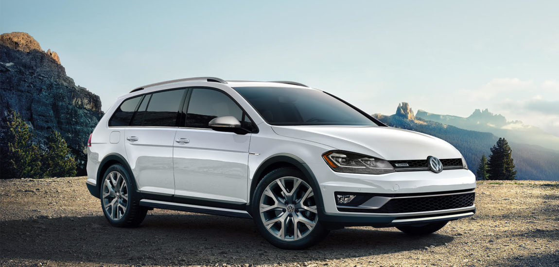 VW Alltrack makes quick work of paved and unpaved roads