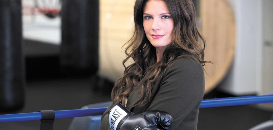 Hermosa Beach's Heidi Androl reports ringside from boxing's biggest bouts