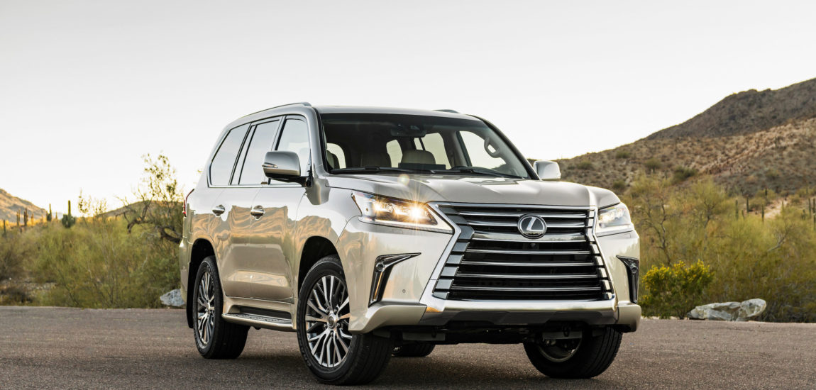 Big Lexus SUV is a luxurious and capable off-roader