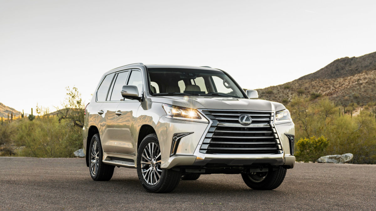 Big Lexus Suv Is A Luxurious And Capable Off Roader