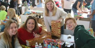 Beach giving – Beach cities toy drive