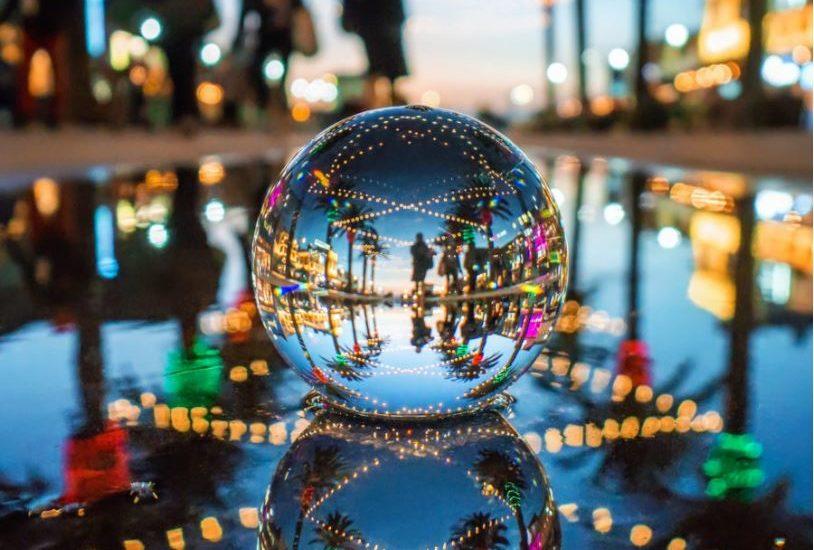 "Easy Reader/Paul's Photo ""New Year"" contest: Venus and Jupiter over the Manhattan Beach Pier"