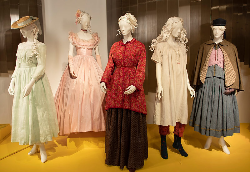 100 costumes/ 30 films at FIDM Museum