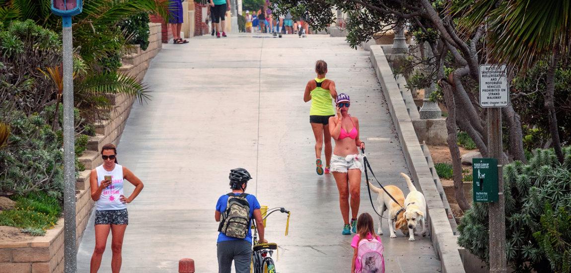 Manhattan Beach closes Strand, bike path