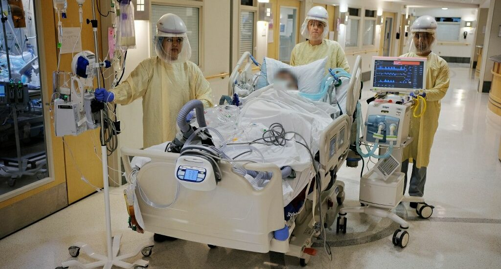 The pandemicin the ICU:  An Intensive Care Unit under siege in the time ofnovel coronavirus