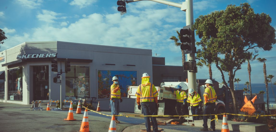 Construction workers in Manhattan Beach ordered to keep social distance, possibly work a day less