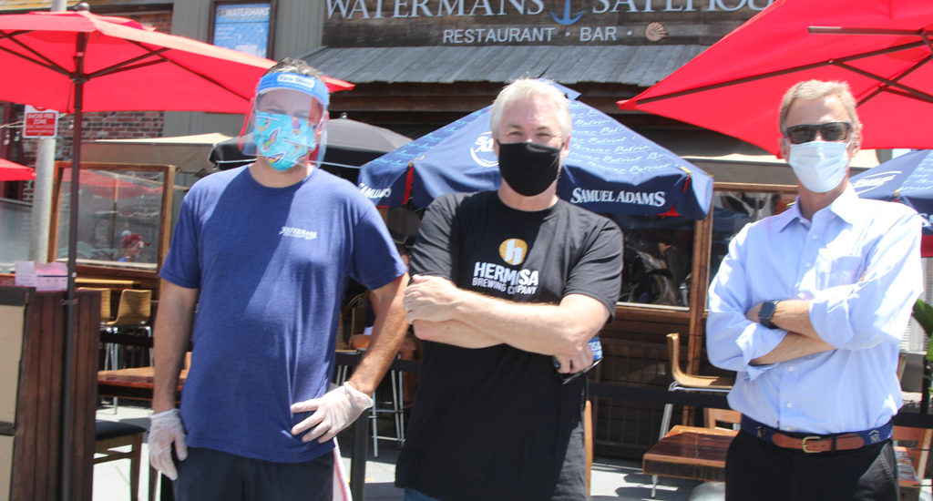 Patio patron Peter Nolan boosts fundraising effort for Hermosa Beach businesses
