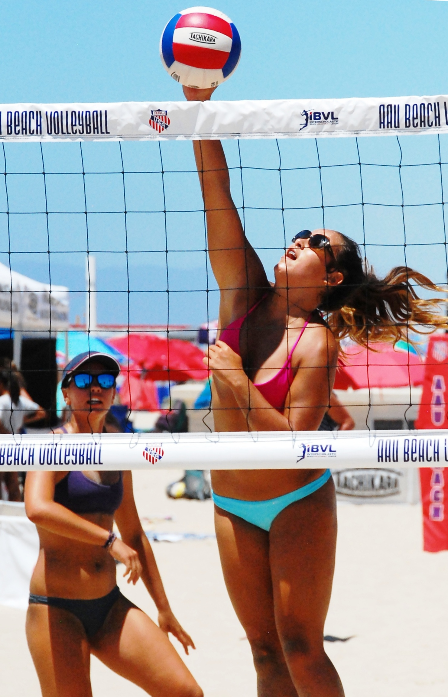 Young Volleyball Players Find Gold On The Sand In Hermosa