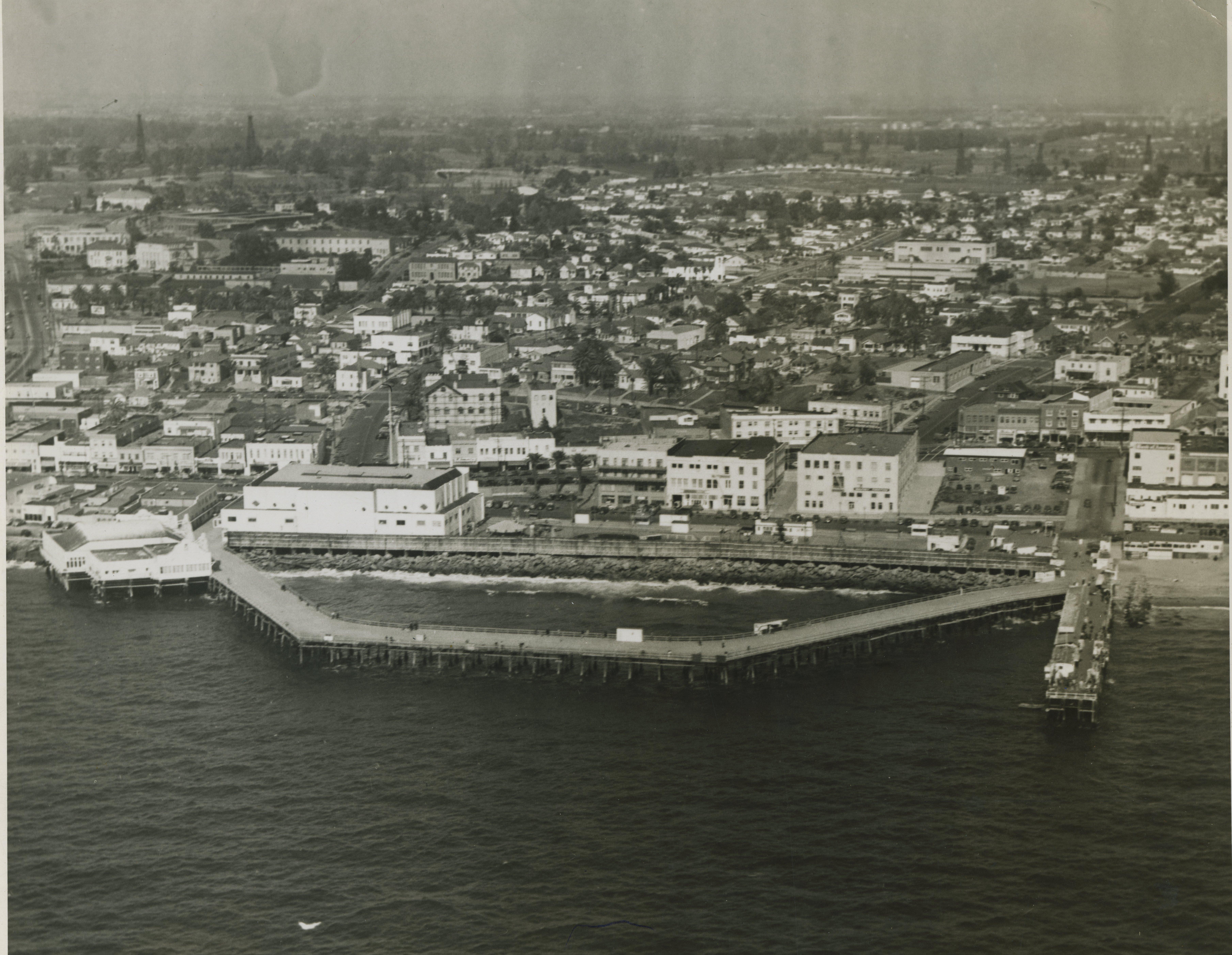 Horseshoe Pier Late 1940's